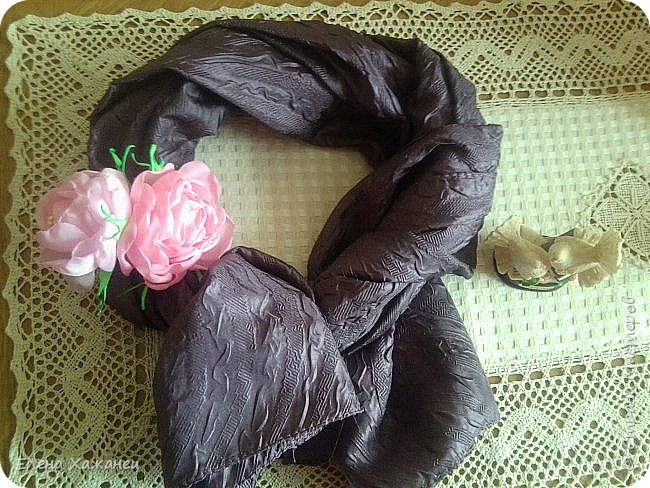 Цветы из атласных лент фото 4