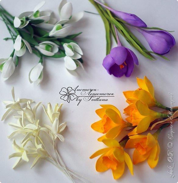Доброго времени! Поздравляю прекрасную половину Страны Мастеров с весенним праздником 8 Марта!!! Солнечного настроения, теплоты окружающих и радости в Ваши дома и семьи! Любите и будьте любимыми, пусть Ваши мужчины оберегают и ценят Вас! А я в этот праздничный день поделюсь с Вами своей весенней работой - цветочной коробочкой))   Сделала ее в подарок маме на 8 марта. фото 7