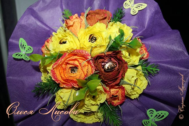 Всех рада видеть в этот весенний день!  Дорогие девочки!  Всех ВАС, от чистого сердца хочу поздравить с одним, из самых прекрасных праздников - 8 МАРТА!  Пусть цветы всегда цветут в Вашей душе, птицы поют и щебечут слова о любви, настроение будет долгим и праздничным, любимые будут рядом и всегда будет крепкое здоровье!!!!  фото 5