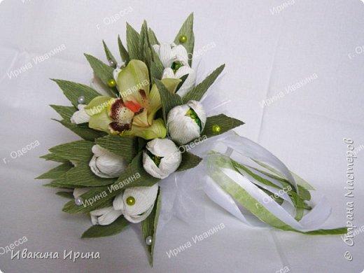 Привет, рукодельницы! С 8 марта Вас!  Пусть сегодня ваша душа до краев наполнится светом, теплом и радостью от искренних пожеланий, нежных цветов, приятных подарков! Пусть ласточки вьют гнезда над вашими окнами и несут в дом благополучие и взаимопонимание, а первые лучи весеннего солнышка укажут на счастливую тропинку вашей судьбе! Искренних вам комплиментов и добрых слов всегда! Покажу Вам свой самый востребованный весенний букетик с тюльпанами и орхидеей...  И ещё... похвастаюсь Вам... Недавно меня пригласили участвовать в телепрограмме на нашем городском телеканале... Никак не могла решиться... И... всё же решилась! Именно по этому букетику с тюльпанами и проводила мастер-класс в передаче) Волновалась очень! Но... Результатом осталась довольна... Кому интересно узнать секретики изготовления букета, прошу в группу https://vk.com/mk.ivakina. Видео сюда не знаю как загрузить(( А вот собственно и он... Был жёлтый... наверное, он мне больше всего понравился... фото 5