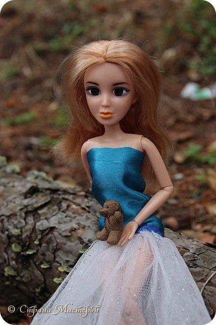 Привет всех с праздником 8 марта. Мы с Элизобет решили по гулять по лесу.И вот мы с ней решили сделать несколько фото. фото 2