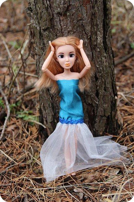 Привет всех с праздником 8 марта. Мы с Элизобет решили по гулять по лесу.И вот мы с ней решили сделать несколько фото. фото 4