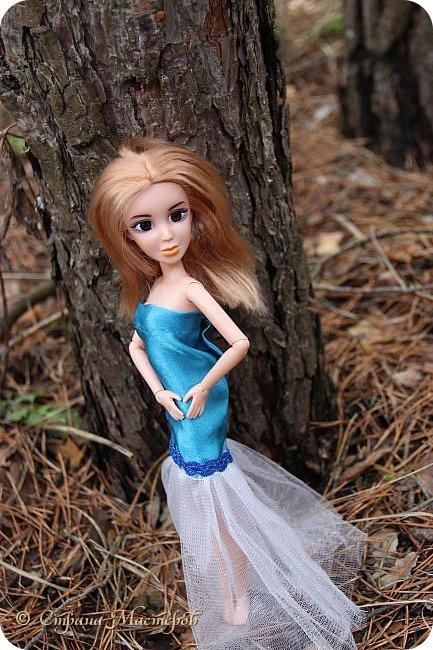Привет всех с праздником 8 марта. Мы с Элизобет решили по гулять по лесу.И вот мы с ней решили сделать несколько фото. фото 7