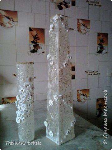Купила рисовую бумагу, и к празднику придумались такие вазочки к весенним цветочкам. фото 1