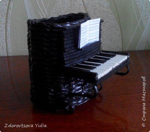 Пианино. Подставка для канцелярских принадлежностей. фото 2