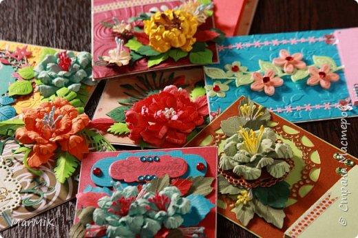Милые, добрые, очаровательные, женственные и талантливые !!!! Этот букет тюльпанов я дарю всем Вам, жительницы Страны !!!! С праздником !!!  Тюльпаны выполнены из фоамирана. фото 13