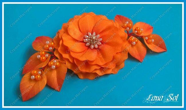 """Доброго времени суток, дорогие гости моего блога!)))  Хочу показать вам свою свою новую заколку для волос """"Amor de otoño"""". Материал: атласные ленты, органза с оранжево-красным оттенком, бусины, проволока, фурнитура Техника: гильоширование фото 3"""