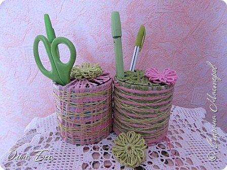"""Всем здравствуйте! Весеннего настроения! Вот такие весенние подарочки смастерили девочкам в школе на 8 марта! Цветные нитки, клей ПВА, бусины цветочки в технике """"тенерифе"""". А форма - консервная банка из-под сгущёнки:) фото 16"""