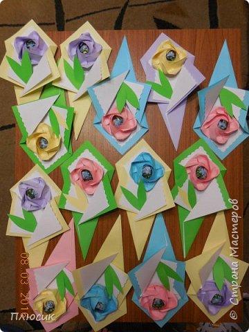 Вот такие букетики мы делали с сыном для поздравления его одноклассниц. фото 3