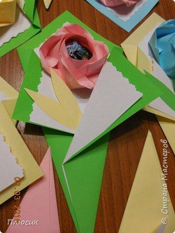 Вот такие букетики мы делали с сыном для поздравления его одноклассниц. фото 8