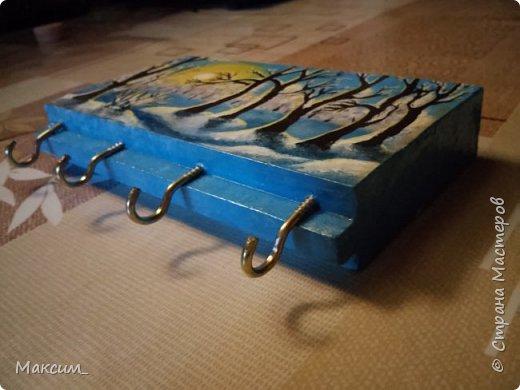 Всем привет!) Хочу показать мои новые работы. Приятного просмотра!) Первая - рисунок акриловыми красками, новогодний подарок папе. фото 3