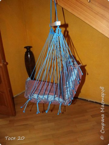Решили с подругой сшить её крестнику подвесные кресло на день рождение. И вот что получилось)))  фото 3