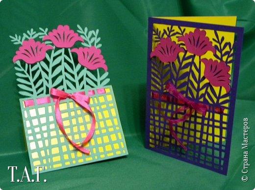 Традиционно к женскому празднику Руслан приготовил открытки. фото 12
