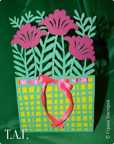 Традиционно к женскому празднику Руслан приготовил открытки. фото 13