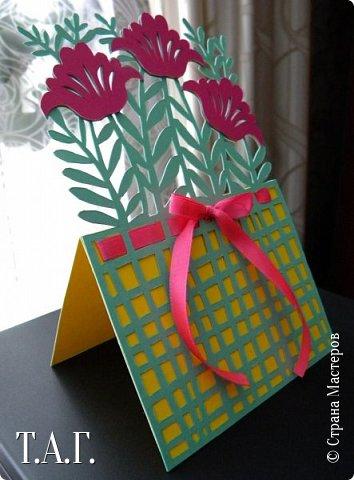 Традиционно к женскому празднику Руслан приготовил открытки. фото 16