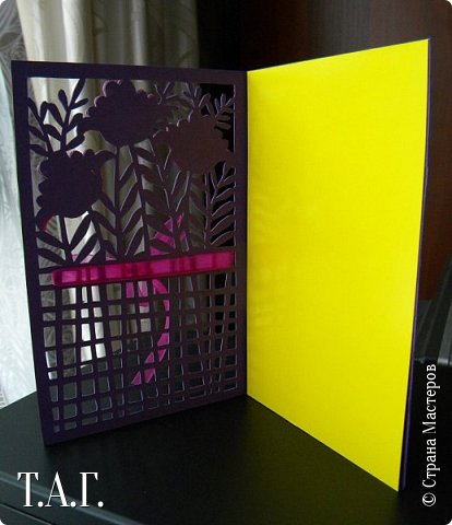 Традиционно к женскому празднику Руслан приготовил открытки. фото 23