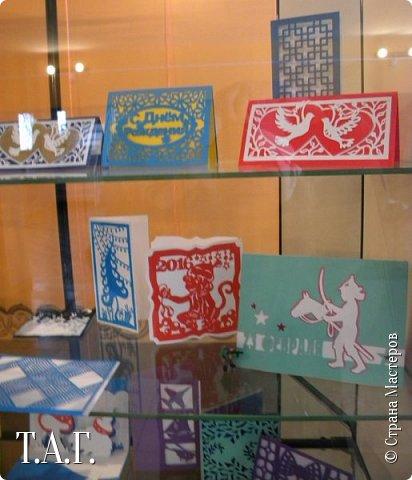 Традиционно к женскому празднику Руслан приготовил открытки. фото 29