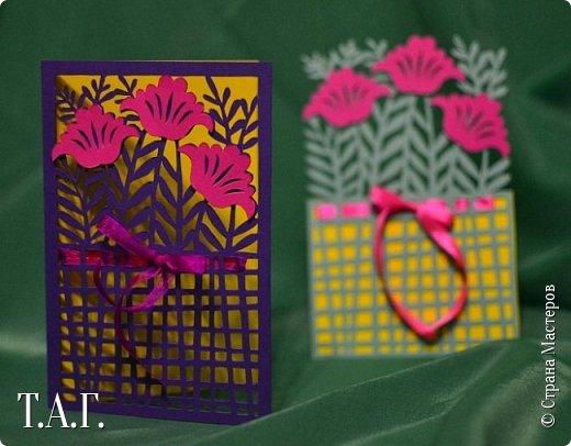 Традиционно к женскому празднику Руслан приготовил открытки. фото 8