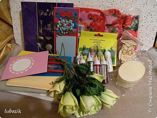 Доброе время суток , мои дорогие и любимые соседи по СТРАНЕ! Я, как и все вы готовила к женскому празднику подарки, которые хочу вам показать. Заточкала два комплекта  - зеркала с расчёсками в одной цветовой гамме, но с разными узорами. Это первый комплект. фото 31