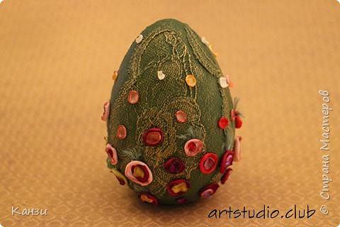 Здравствуйте, дорогие друзья! Продолжаю тему декорирования гипсовых яиц. В этот раз яйцо с цветочками в стиле Татьяны Бушмановой http://stranamasterov.ru/user/106445 фото 5
