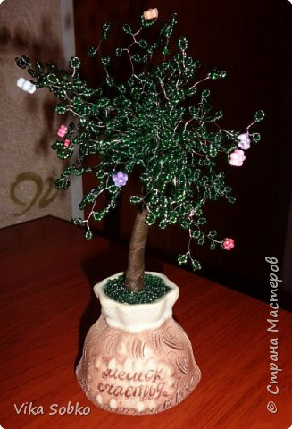 Деревья из бисера фото 9