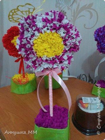 Насмотрелась на работы девчонок и так захотелось сделать к восьмому марта своим родным. Большое Спасибо Мастерам – Марии Кириловой http://stranamasterov.ru/node/271654?c=favorite, и Kukushechka http://stranamasterov.ru/node/31870?tid=451%2C521. Вот и мои цветочки)) фото 3
