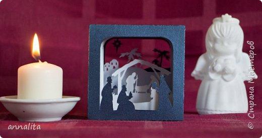 Здравствуйте. Продолжаю выкладывать работы, которые делала еще в прошлом году. Этот туннель посвящен Рождеству.  Для куба использовала бумагу с металлическим блеском. Вживую смотрится эффектнее. Да и вообще сфотографировать куб так, чтобы были хорошо видны все слои, у меня как-то не получилось. фото 1