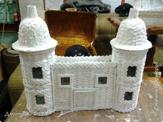 Всем ЗДРАВСТВУЙТЕ!!!!!!!  Доча попросила сделать домик,вот что получилось.....Дворец? Крепость? Решать Вам! :)))) фото 10