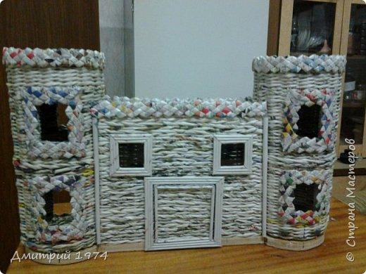 Всем ЗДРАВСТВУЙТЕ!!!!!!!  Доча попросила сделать домик,вот что получилось.....Дворец? Крепость? Решать Вам! :)))) фото 15
