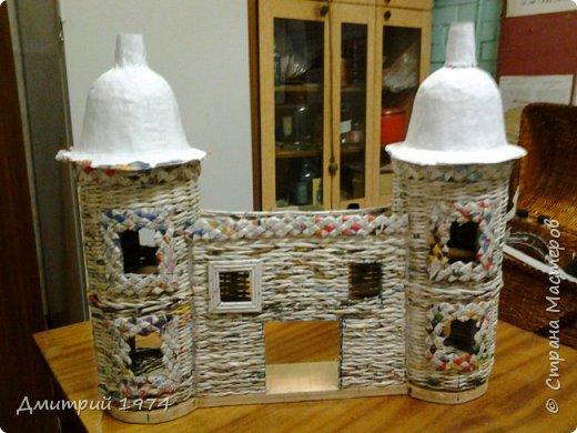 Всем ЗДРАВСТВУЙТЕ!!!!!!!  Доча попросила сделать домик,вот что получилось.....Дворец? Крепость? Решать Вам! :)))) фото 17