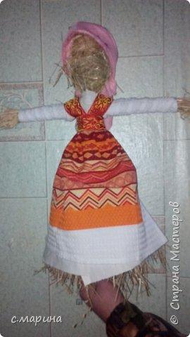 Масленица в дет.сад из соломы.попросили сделать без лица. Первая работа из соломы,не судите строго. фото 2