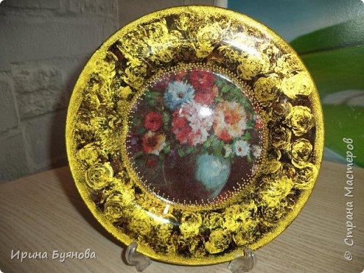 Очень люблю декорировать тарелочки!!! Они для меня, как полигон для изучения разных техник.  фото 11