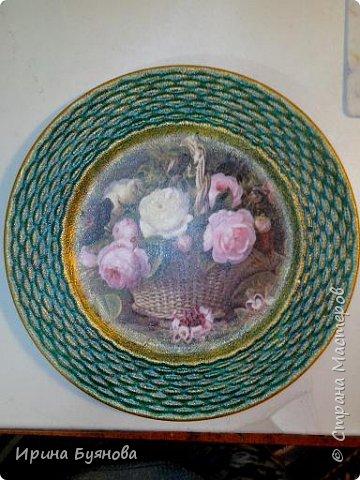 Очень люблю декорировать тарелочки!!! Они для меня, как полигон для изучения разных техник.  фото 20