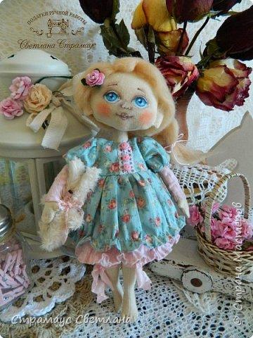 Доброго времени суток, всем кто заглянул! Знакомтесь,  моя новая куколка-малышка! Рост куколки 22 см. Ручки и ножки подвижные, на пуговичном креплении. фото 2