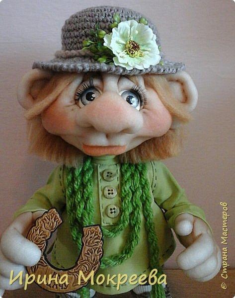Домовой с подковой на счастье , одетый в моей любимой цветовой гамме. фото 2