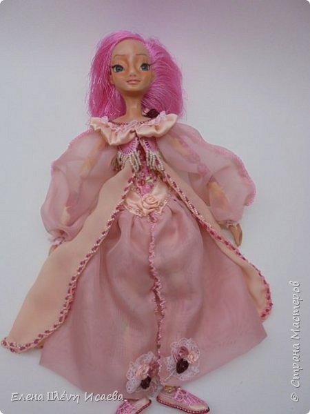 """Здравствуйте,Дорогие соседи!!! Хочу показать вам еще одну девочку.Родилась она в один день с Мариеттой(""""вылепилась""""))) Делала ее специально для одного хорошего человека и прекрасного Мастера-кукольника Виктории  http://stranamasterov.ru/user/320448 Она хотела феечку.Вот такая феечка для нее и родилась! фото 16"""
