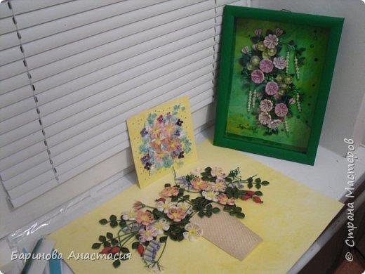 Всем весеннего настроения. Хочу поделится новой работой. Уже последний этап сборки композиции. Букет цветущего шиповника и мышиного горошка. По мотивам японских мастеров школы Botanical Quilling Japan (Paper Quilling Institution). фото 1