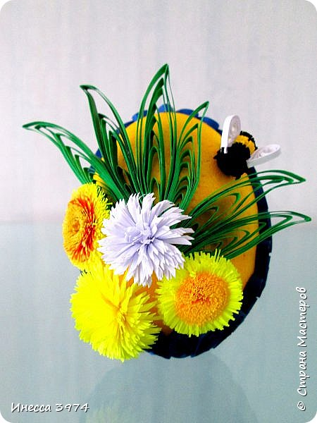 нужно было срочно сделать образец пасхального яйца для моих учеников,идею взяла у Галины Зубановой http://stranamasterov.ru/node/569016,основа пенопластовое яйцо покрашенное акриловой краской,размер 10см фото 1