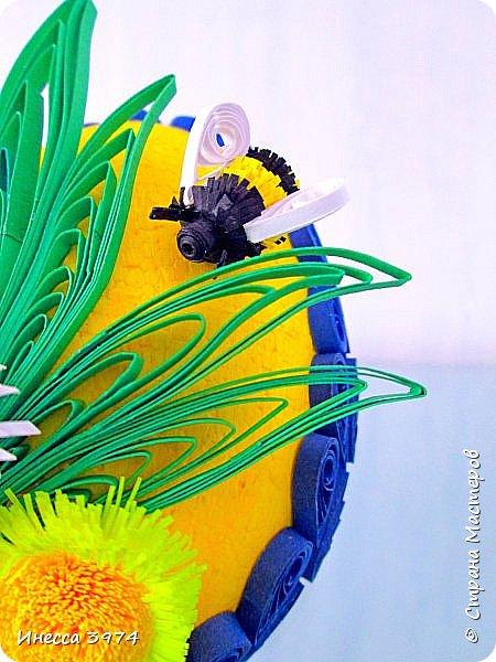 нужно было срочно сделать образец пасхального яйца для моих учеников,идею взяла у Галины Зубановой http://stranamasterov.ru/node/569016,основа пенопластовое яйцо покрашенное акриловой краской,размер 10см фото 5