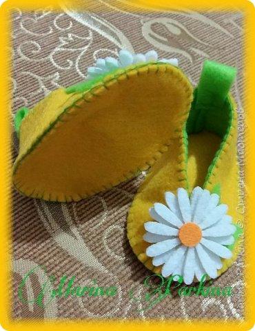 Хочу сегодня поделиться маленькой обувью Сделала пинетки из фетра для малышей. Осталась очень довольна своей работой. До сих пор не налюбуюсь)))  Надеюсь и вам понравится фото 10