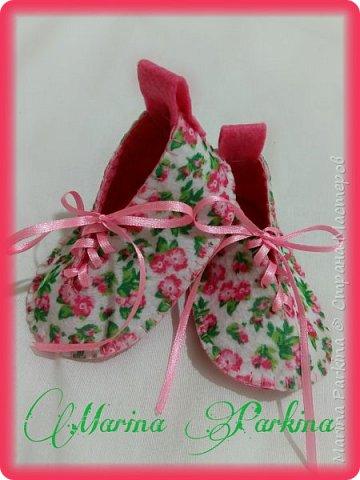 Хочу сегодня поделиться маленькой обувью Сделала пинетки из фетра для малышей. Осталась очень довольна своей работой. До сих пор не налюбуюсь)))  Надеюсь и вам понравится фото 3