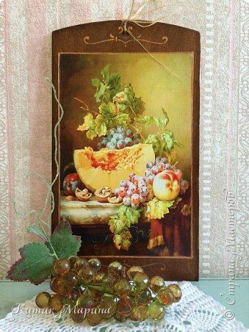 Добрый день, друзья и гости моего блога!!! Сегодня я буквально на минутку))) покажу набор кухонных досок и кулинарных лопаток, объединенных сочными фруктовыми натюрмортами)))  фото 3