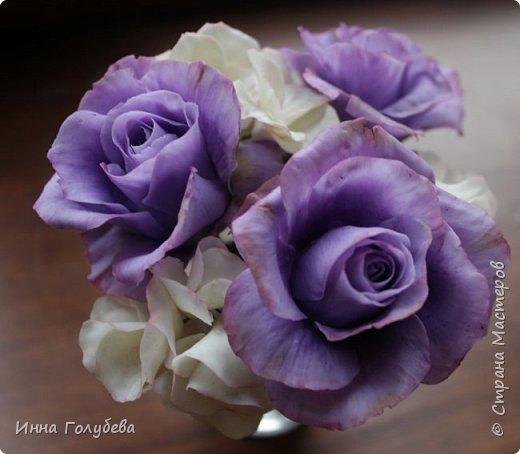 Лавандовые розы из холодного фарфора. фото 11