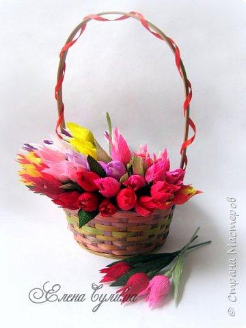 Я правда с опозданием, но лучше поздно, милые девочки, девушки, мамы и бабушки, позадравляю всех вас с прошедшим праздником весны, 8 марта, крепкого здоровья вам и вашим близким, огромного женского счастья, мирного неба, добра и благополучия!!!  У меня правда праздник грустный получился, 7го числа дедушка умер, так что не до празднования было.  Но не будем о грустном, а лучше напомню, что сейчас идет две игры: продолжается прием работ на флористический конкурс http://stranamasterov.ru/node/1004530 (прием работ до 17 марта продлен), который проводит Надюша Необыкновенная , также Ирочка Рязаночка объявила свит-игру http://stranamasterov.ru/node/1011037?c=favusers , так что присоединяйтесь )  фото 34