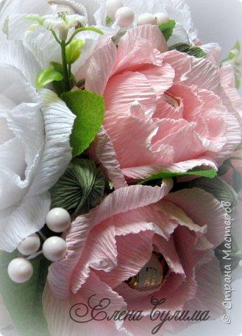Я правда с опозданием, но лучше поздно, милые девочки, девушки, мамы и бабушки, позадравляю всех вас с прошедшим праздником весны, 8 марта, крепкого здоровья вам и вашим близким, огромного женского счастья, мирного неба, добра и благополучия!!!  У меня правда праздник грустный получился, 7го числа дедушка умер, так что не до празднования было.  Но не будем о грустном, а лучше напомню, что сейчас идет две игры: продолжается прием работ на флористический конкурс http://stranamasterov.ru/node/1004530 (прием работ до 17 марта продлен), который проводит Надюша Необыкновенная , также Ирочка Рязаночка объявила свит-игру http://stranamasterov.ru/node/1011037?c=favusers , так что присоединяйтесь )  фото 43