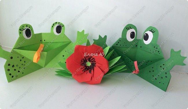 Предлагаю  смастерить очень простого  веселого лягушонка, пусть он себе квакает - поднимает настроение:) фото 17