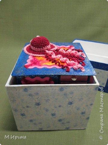 Мои первые шкатулки: из картона для рукоделия и из спичечных коробков для бусинок и всяких мелочей - булавок, застежек, крючочков и т.д. Не все получилось идеально, и еще есть к чему стремиться)) фото 29