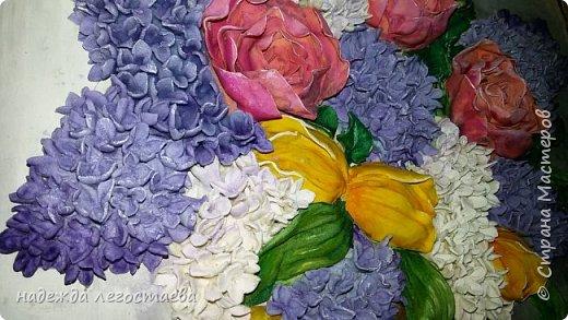 Букет из сирени,тюльпанов и пионов.    фото 2