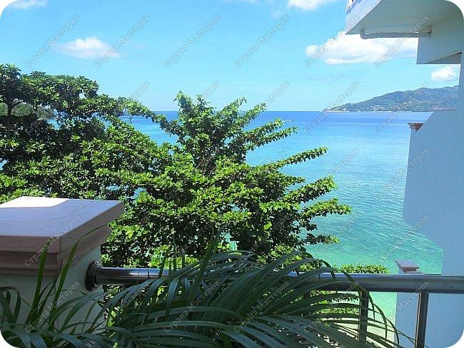 Здравствуйте! Предлагаю вам окунуться в атмосферу экзотики, вечного лета  и улыбок ! Да, это  Таиланд. А место, где мы насладимся отдыхом - о.Пхукет, его западное побережье , - уютные и относительно чистые заливы и пляжи Патонга.  Для нас отдых - прежде всего познавательные экскурсии и  наслаждение природой.    Андаманское море, Индийский океан...Добро пожаловать на нашу маленькую экскурсию! фото 4