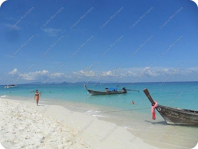 Здравствуйте! Предлагаю вам окунуться в атмосферу экзотики, вечного лета  и улыбок ! Да, это  Таиланд. А место, где мы насладимся отдыхом - о.Пхукет, его западное побережье , - уютные и относительно чистые заливы и пляжи Патонга.  Для нас отдых - прежде всего познавательные экскурсии и  наслаждение природой.    Андаманское море, Индийский океан...Добро пожаловать на нашу маленькую экскурсию! фото 18